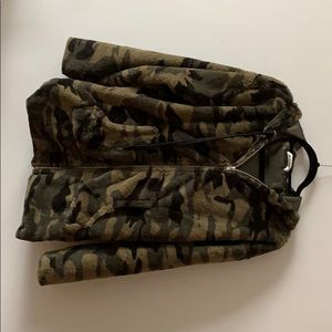 Wild honey camo zip up